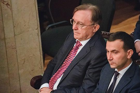 «КАМАЗ имеет стратегическое значение не только для Татарстана, но и для развития машиностроительной отрасли всей России», - отметил автогигант в своей речи президент республики