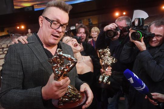 На этой неделе в Москве состоялась церемония вручения главной телевизионной премии страны ТЭФИ. Лучшей развлекательной программой года стало шоу «На ножах» телеканала «Пятница»