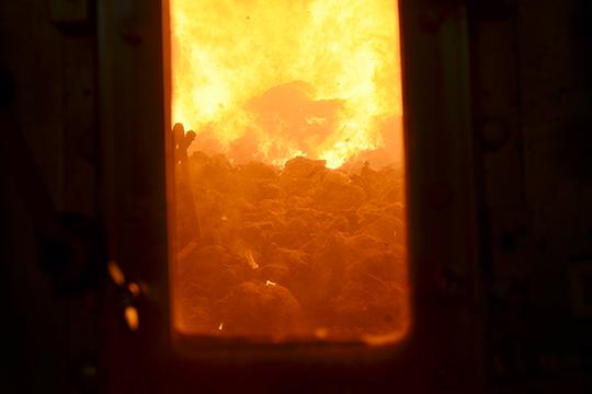 «Если котел обеспечивает температуру 1260 градусов, арешетка обеспечивает необходимый режим работы— так называемый режим горения котла, товот это самый важный элемент»
