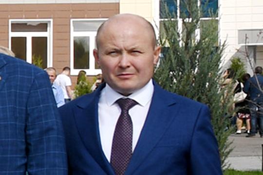 В Казани задержан теперь уже бывший начальник городского управления образования Ильнар Хидиятов