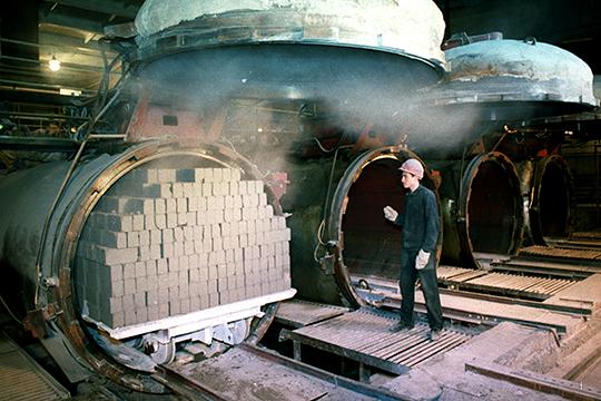 Сегодня на территории РТ действуют три предприятия по выпуску силикатного кирпича, который применяется в том числе при строительстве объектов по госпрограммам и за счет бюджетных средств