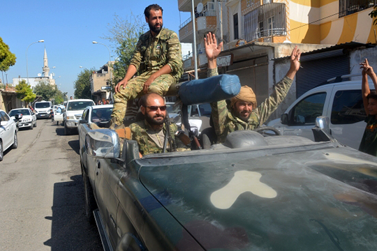 «Сирийская свободная армия, созданная при поддержке Турции, на 85 процентов — это сирийцы, арабы, но есть и представители иных народов. Единственная деталь: там нет шиитов и нет алавитов. Все — сунниты»