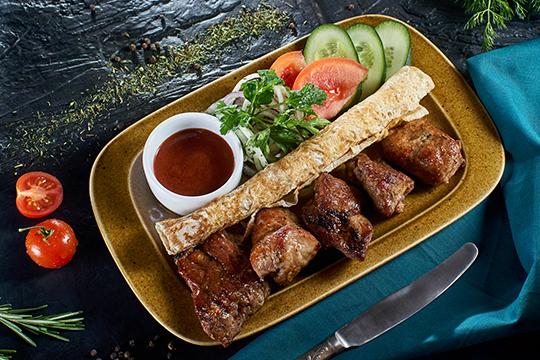«Сегодня вхолдинг Cafe Group входят шесть заведений общепита вНабережных Челнах, Нижнекамске иЕлабуге. Кстати, впоследнем вообще небыло грузинской кухни, имыоткрыли для них новый гастрономическиймир»