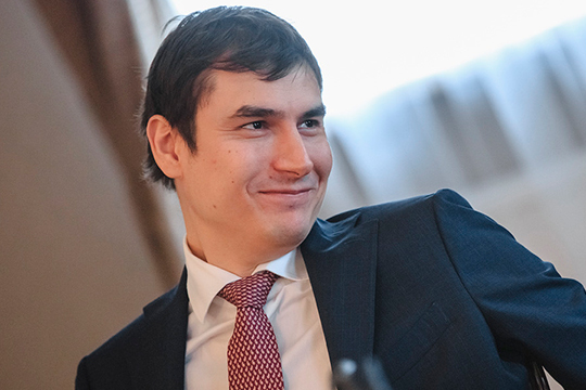 Сергей Шаргунов, который вмае был назначен главным редактором журнала «Юность», ожидаемо беспокоился осудьбах литературных изданий
