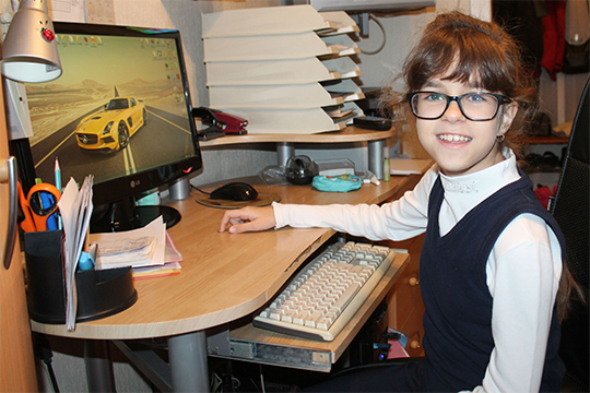 У 12-летней Насти Денисовой из Нижнекамска несовершенный остеогенез, то есть заболевание, характеризующееся повышенной ломкостью костей
