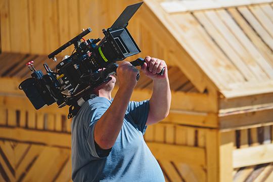 «Надо создать опрос— реальноли вТатарстане прокормиться только режиссурой кино? Если кто-то ответит, что реально, тонужно взять мастер-класс уэтого человека»