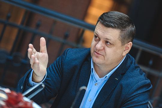 Дмитрий Пузырев: «Язнаю, почему все одинаково. Потому что мывыросли изодной большой страны идвижемся примерно одинаковыми путями»