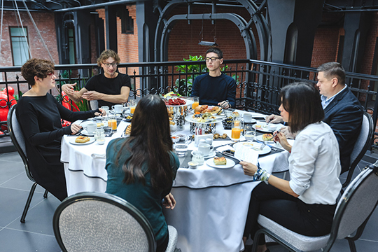 Вэтом году для обмена опытом приехали основателиминского архитектурного бюро «LEVEL80 | architects»