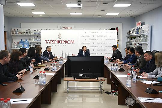 «Команда Миннахметова, его люди — ведь он же пришел не из алкогольной сферы — фактически сделали из региональной компании, мощную организацию»