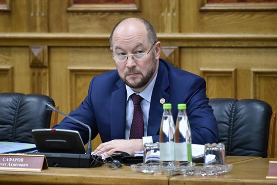Не могут быть сегодня приняты республиканские законы без согласования с Общественной палатой, отмечал глава аппарата президента РТ Асгат Сафаров