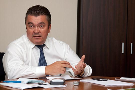 Основной владелец банка и по совместительству председатель совета директора «Анкор банка», «шоколадный король» Андрей Коркунов исчез — по слухам, ударился в бега во Францию