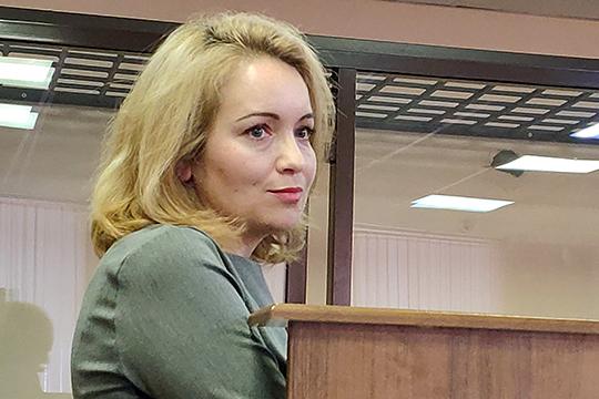 Айгуль Хабибуллина работавшая в «Сувар Девелопмент» руководителем юридического департамента, вспомнила, что 16 июля 2016 года ей на почту пришли документы — соглашения с НКНХ, КОС и «Новой нефтехимией»