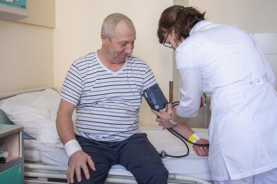 Вгод через приемный покой итравматологический пункт БСМП проходит 140 тысяч человек. Ичисло обращений ежегодно увеличивается, втом числе из-за растущего доверия кнашему медучреждению, из-за компетенций врачей