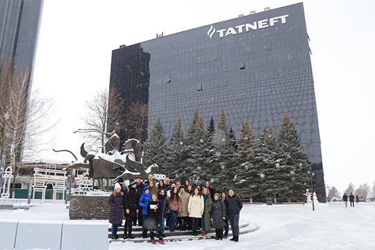Блогеры, студенты, активные жители, представители туриндустрии из Казани и Альметьевска, всего около 30 человек, провели в нефтеграде очень насыщенный день в рамках проекта «О, мой гид!»