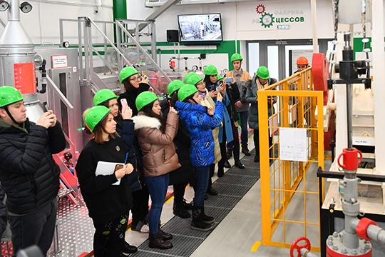 Логика поездки в Альметьевск была проста: участники экскурсии расскажут обо всем, что увидели, по своим каналам, и эта информация заинтересует следующих туристов