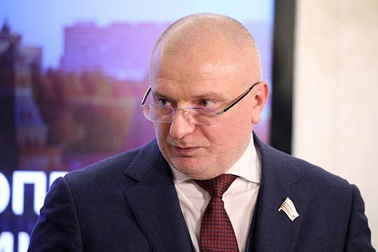 Андрей Клишас лишь еще раз в присутствии Путина рассказал о том, как будет проходить процесс общероссийского голосования, который сенатор преподнес как «расширение форм непосредственной демократии»