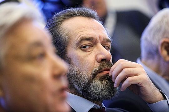Владимир Машков предложил закрепить в Конституции запрет на отчуждение территорий страны — на случай, если это взбредет в голову будущему президенту