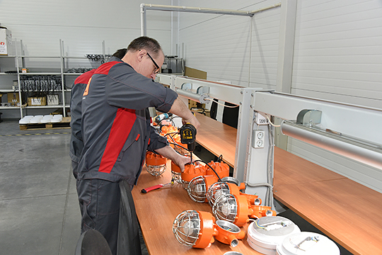 «Ферекс» производит светодиодные светильники, это самый крупный работодатель в городе, на заводе трудоустроены 1008 человек