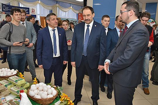 Премьер-министр РТ отметил, что в последние два месяца пошли устойчивые жалобы на запах от птицефабрики «Яратель»