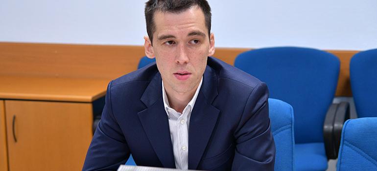 3. Артур Галиев