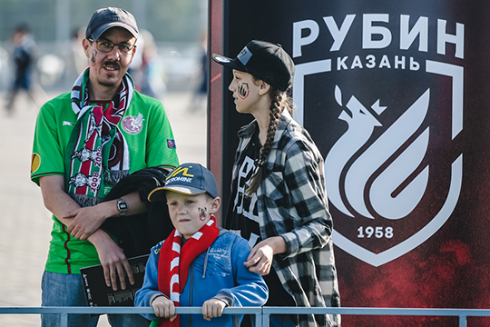 Сколько стоит поход на футбол в России?