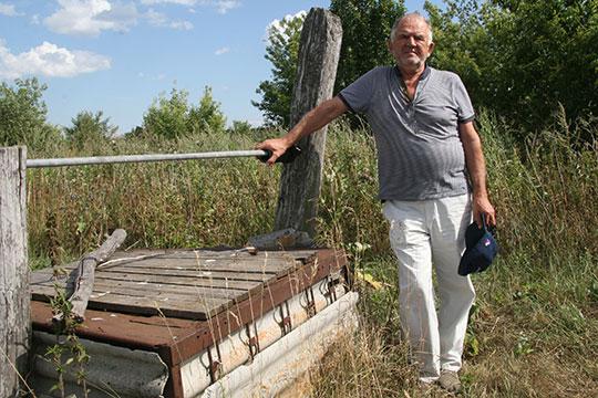 Колодец рядом с участком в Бессоново, где был дом, в котором родился Вячеслав Нилов