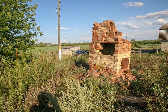 Старые Бурундуки – на этом участке был дом, где родились отец Вячеслава Нилова, дед и прадед - кузнец, который прожил 93 года