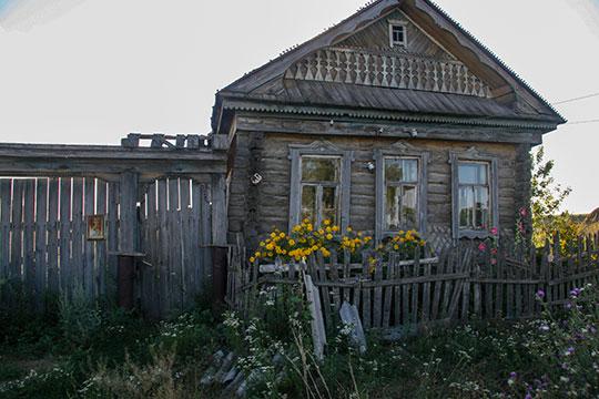 Заброшенный дом в Старых Бурундуках
