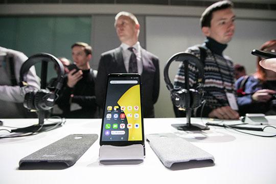 Выдержитли «Яндекс.Телефон» мощнуюконкуренциюнарынке— узнаем после старта продаж, ноуже сейчас понятно, что смартфон станет новинкой, окоторой первое время будут говорить все техноблогеры