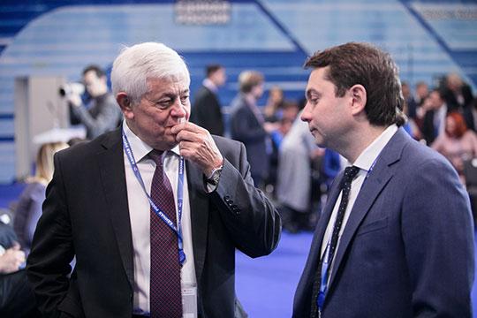 Павел Качкаев (слева): «Ужесли мывходим водвор иобщественную территорию, мыдолжны ихсделать таким, чтобы больше невозвращаться»