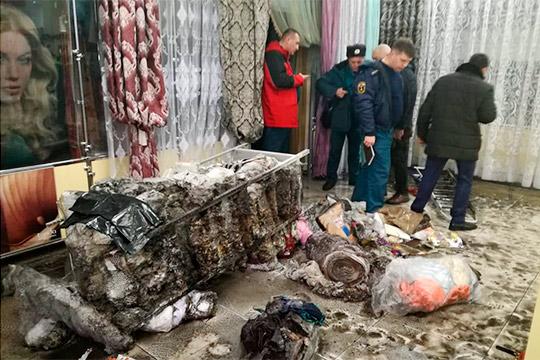 Утром– учения, после обеда– пожар: вЧелнах загорелся торговый центр Наиля Сулейманова