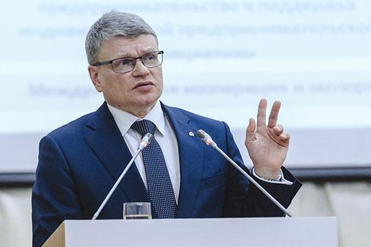 Алексей Созинов заметил, что обеспеченность врачами в Татарстане ниже, чем в среднем по России и Поволжью