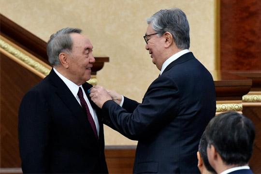 Эпоха президента Назарбаева завершилась, зато началась эра вечного Елбасы, иникто изприсутствующих взале несомневался, что этому царствию небудет конца