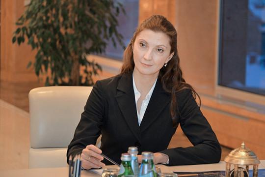 Сотрудникам телеканала «Татарстан 24» был представлен новый генеральный директор — это Дина Уткина.Татьяна Абушахманова (на фото) ,якобы, уезжает на ПМЖ на Кипр