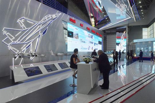 Гражданский дивизион Объединенной авиастроительной корпорации (ОАК) возглавит нынешний директор департамента авиационной промышленности Минпромторга РФ Равиль Хакимов