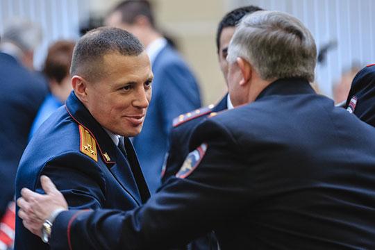 На этой неделе председатель СКР Александр Бастрыкин официально согласовал уход из органов замруководителя следственного управления по РТ Владимира Циомы