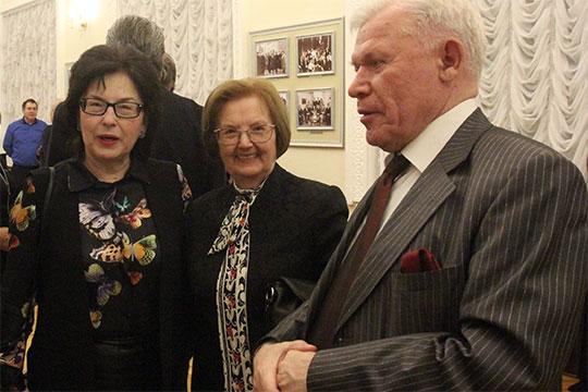 Авторы национальной оперы «Сююмбике» композитор Резеда Ахиярова (слева) и либреттист Ренат Харис (справа) — совершили предсказуемый прорыв в нашем рейтинге