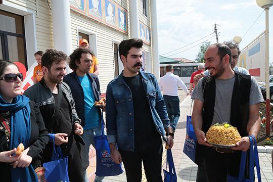 «ЗаВолгой мыединственный театр вРТ»: буинские мишары напути к«татарскому Авиньону»