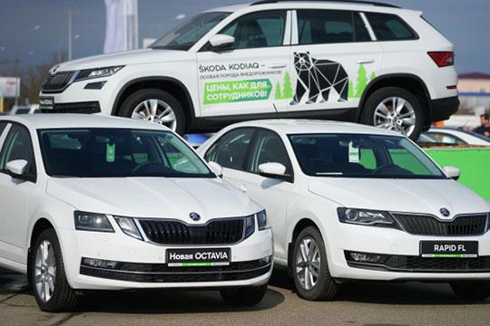 В плюсе оказалось бюджетное подразделение концерна VW — Skoda. По республике спрос на машины чешского происхождения вырос на 28 баллов (6%) до 502 очков