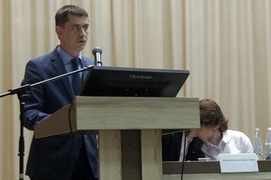 Важность проекта Васильев предложил оценить, учитывая, что планируемый комплекс включен вфедеральную стратегию развития нефтехимического комплекса до2030 года