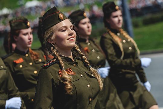«Все выпускники медколледжей имединститутов, включая девушек, по-прежнему военнообязанные»