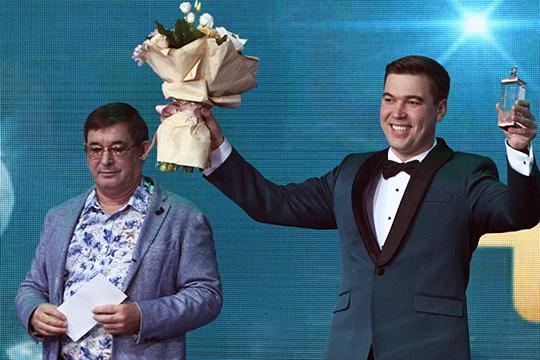 «Я считаю, что голос № 1 в Татарстане — в том, как надо петь правильно, — это Филюс Кагиров (на фото), а также Раяз Фасихов, Ильшат Валиев»