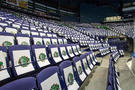 Впервые в истории чемпионатов России «зелёное дерби» пройдёт не в Уфе или Казани. КХЛ хочет показать Европе своё главное противостояние