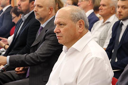 Пословам Евгения Воскобойникова, маржинальность строительства вКарелии всреднем составляет 6-8%, ибольшая часть застройщиков просто неготова работать сбанками натаких условиях