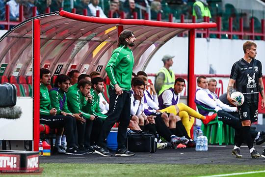 Если Мусаев или Шаронов будут вести себя, как главные тренеры (демонстративно руководить командой, выходить к боковой линии поля, давать указания игрокам), то их ждут санкции