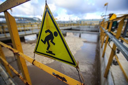 В июле 2013 года «Строитель» получил контракт настроительство очистных сооружений в26млн рублей. При этом компания успела закупить необходимое оборудование задолго дотендера инамного ниже заявленной цены