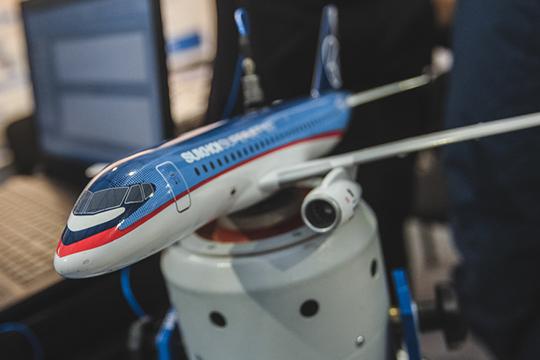 Ложка дегтя для новых авиапромовских менеджеров— непростое положениеГСС. После катастрофы «Суперджета» вШереметьево перспективы поставок новых самолетов весьма туманны