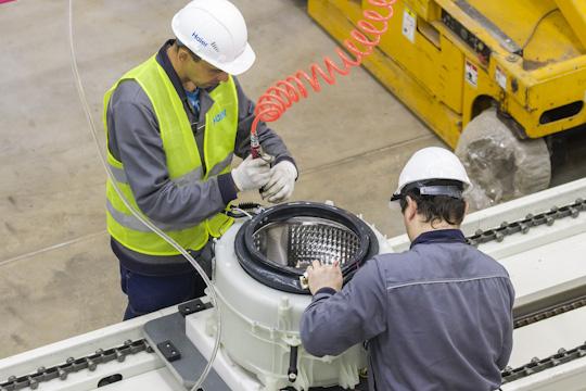 Вэтом году Гайсин сдал КАМАЗу завод каркасов кабин, асейчас готовится ксдаче завода стиральных машин Haier, который планируется открыть 28августа