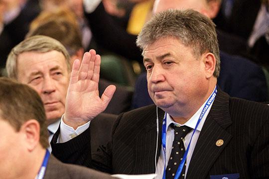 Емельянова ждет сенат, Халиков шлет сигналы Здунову, акабмину прочат «молодую кровь»
