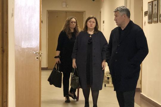 Свыше 973 млн рублей в солидарном порядке требует взыскать конкурсный управляющий Интехбанка госкорпорация АСВ с Марселя Зарипова и его заместителя Елены Наумовой